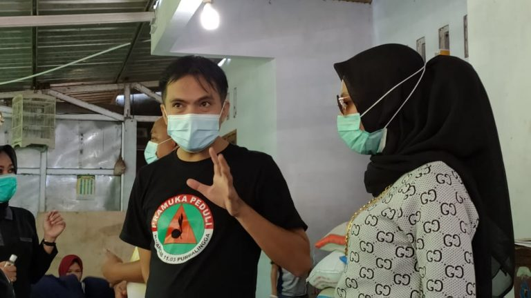 PT PERTAMINA RU IV Cilacap dan Yayasan Arsakusuma Serahkan Bantuan Bencana Alam di Posko Pramuli Desa Sidanegera